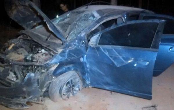 Carro sai de rodovia em Sinop e acad�mica morre; motorista fica ferido sem gravidade