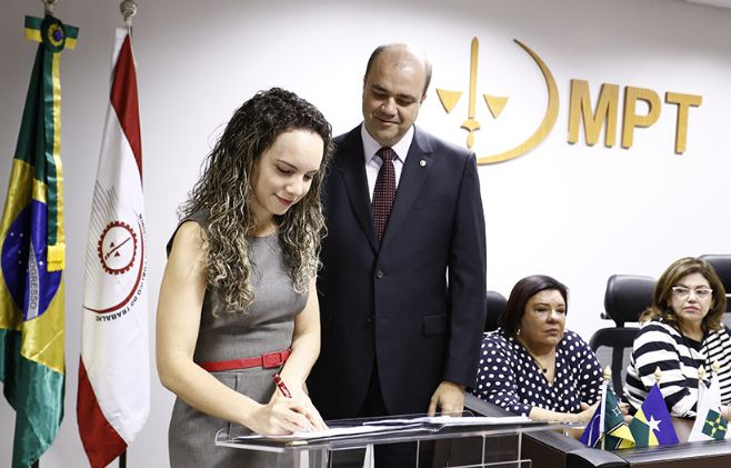 Procuradores-chefes tomam posse em Brasília