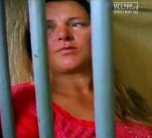 Ponta Grossa (PR) - Mãe degola filha recém nascida 'eu não tinha como sustentar, por isso matei'; assista vídeos