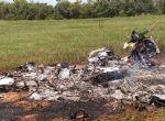 Bimotor que caiu em lavoura de Paranatinga transportava 50 kg de cocaína, piloto morreu carbonizado