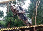 Pedra Preta - Cantora morre e músico fica ferido após carro capotar